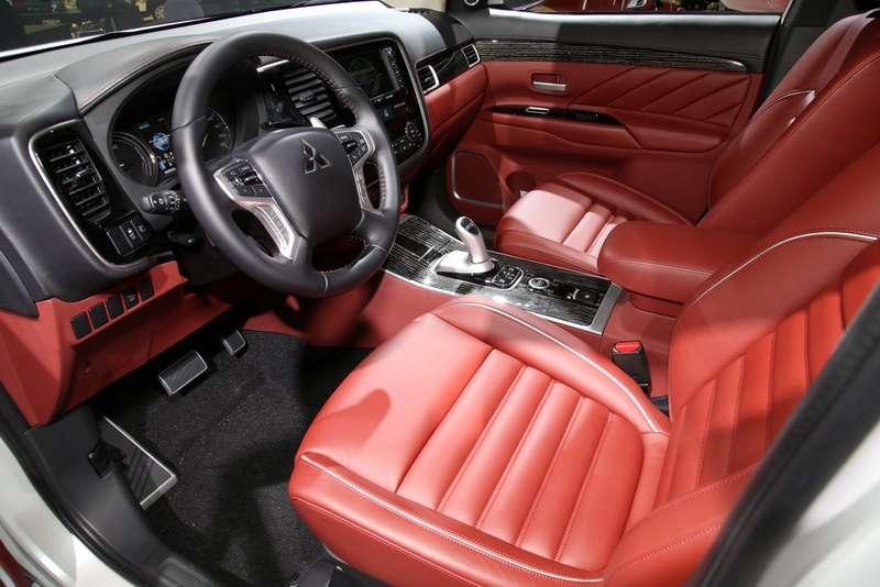 Mitsubishi outlander PHEV_1_новый размер