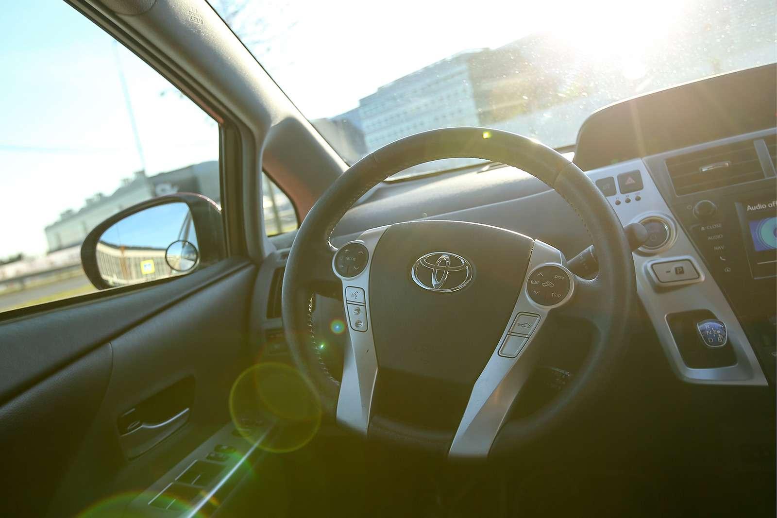 Yandex запустил беспилотное такси. Первый пассажир— Дмитрий Медведев— фото 914933