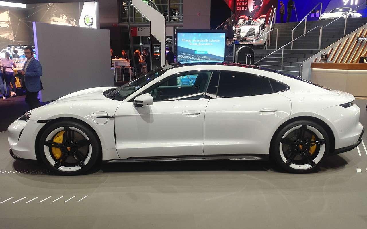 Porsche Taycan: спорткар иэлектромобиль— фото 995234