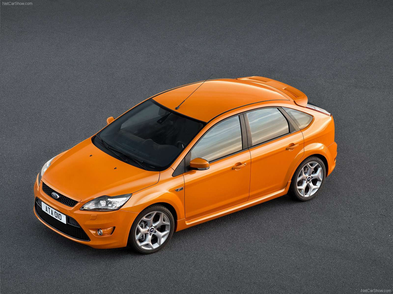 Ford-Focus_ST_2008_1600x1200_wallpaper_07