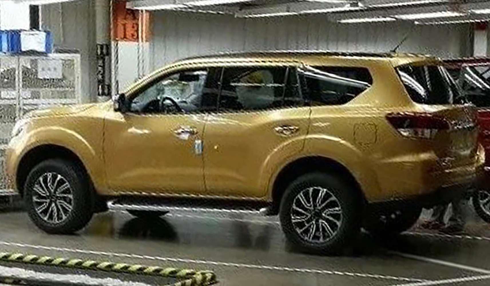 Nissan Terra— конкурент Toyota Fortuner— фото 812283