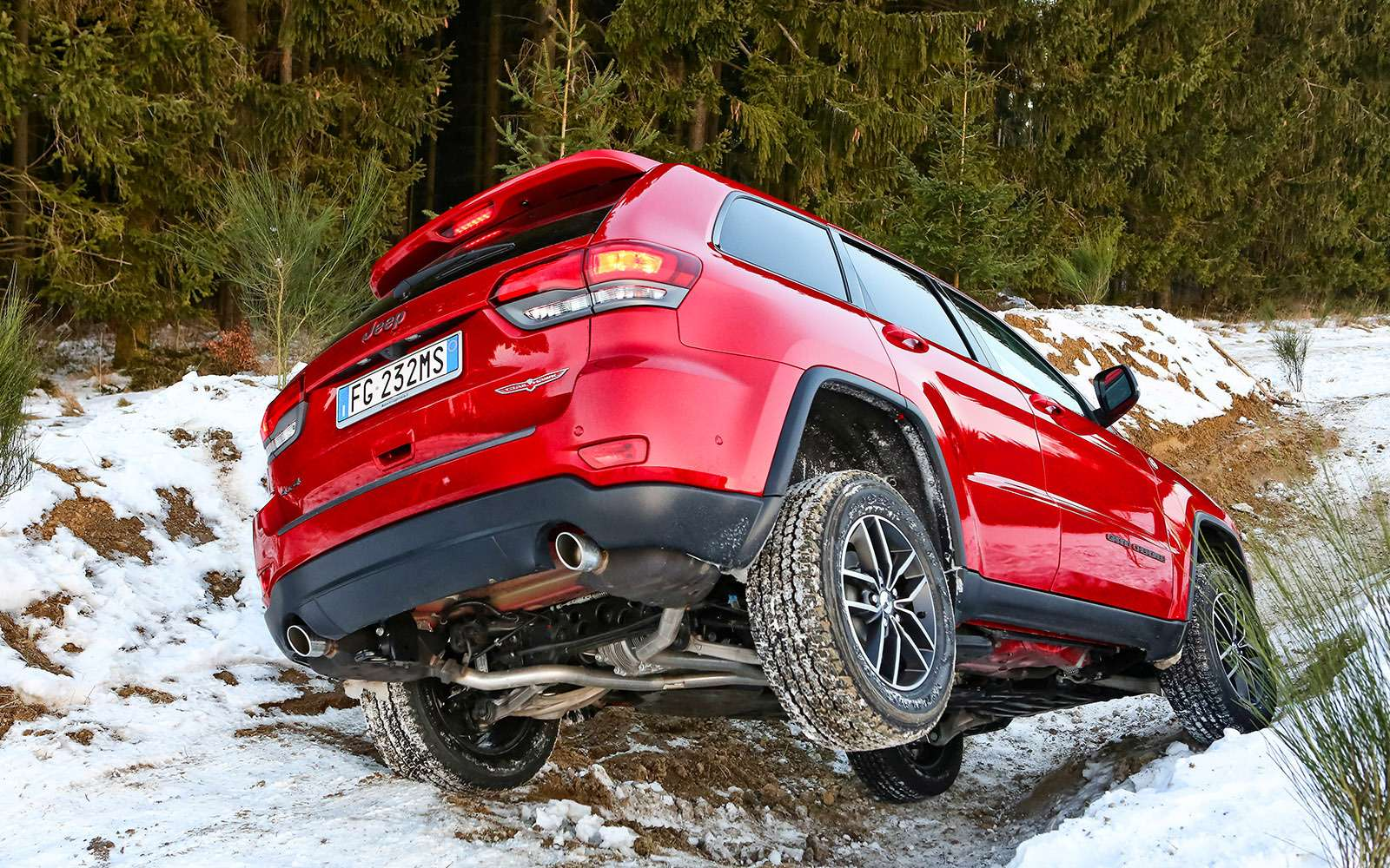 Обновленный Jeep Grand Cherokee: как Данди— фото 735738