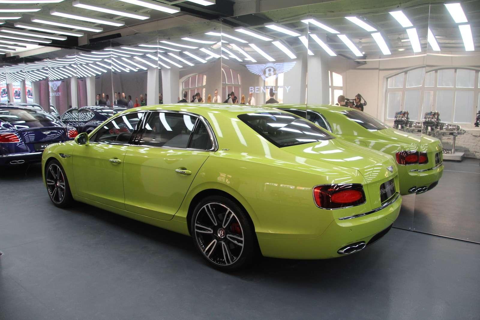 Bentley привезла вМоскву «экстраординарную» выставку— фото 593973