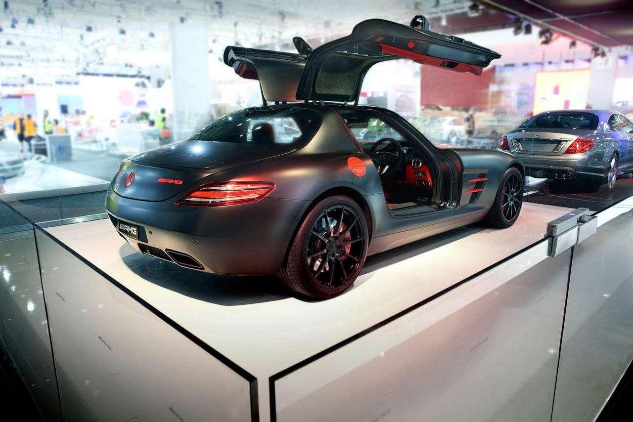 Mercedes sls back_no_copyright