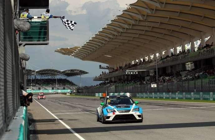 TCR_Race 1_Comini