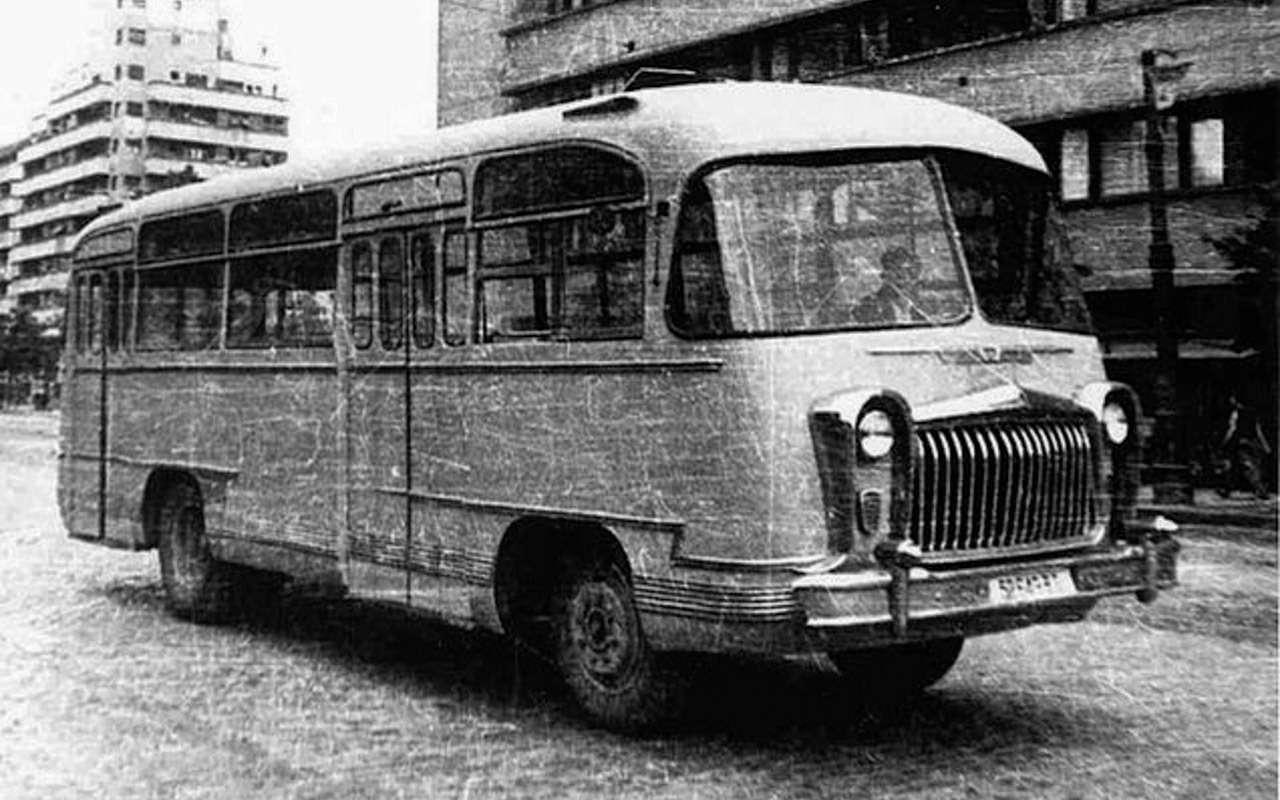 Наши заграницей: вочто превращались автомобили СССР вКитае, Корее, наКубе— фото 963675