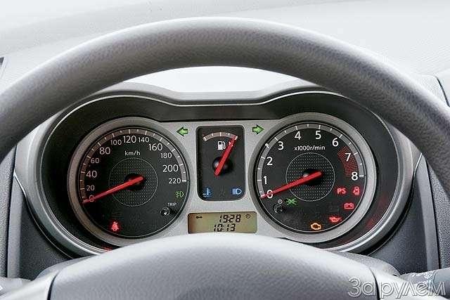 Тест-драйв Ford Fusion, Nissan Note. НОТКА ПРЕВОСХОДСТВА— фото 65011