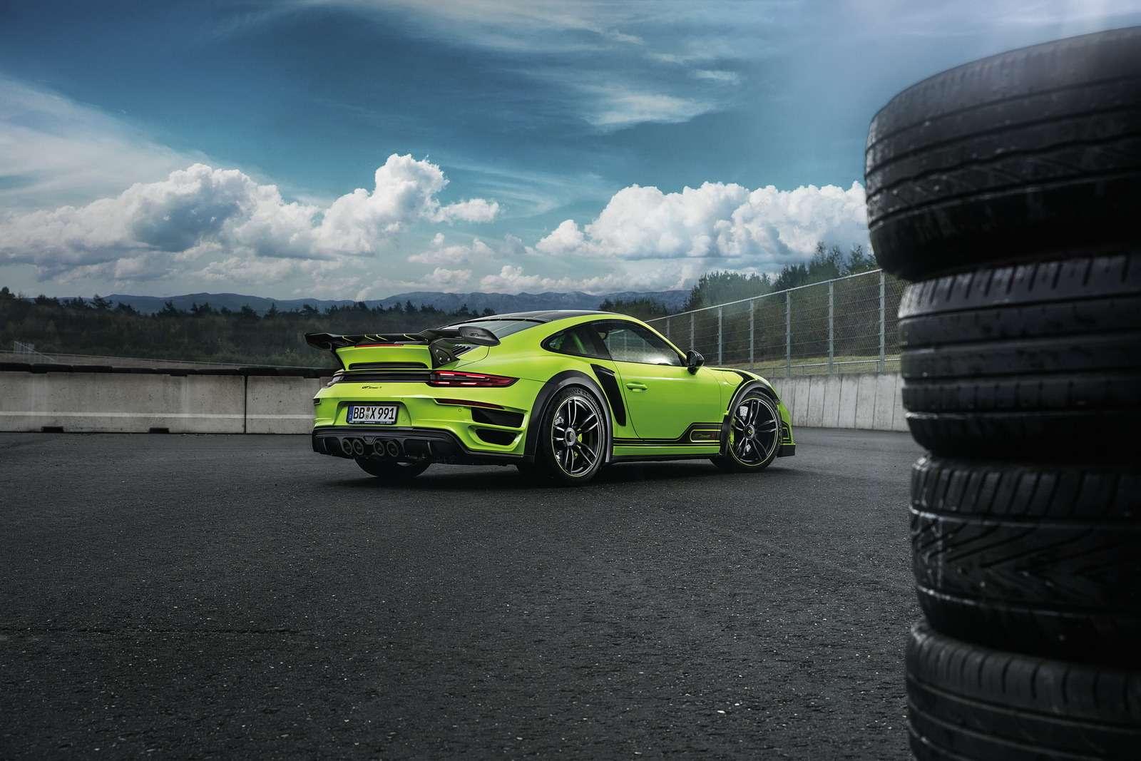 Искусство устрашения: Porsche 911 GTStreetR пройдет подорогам огнем имечом— фото 660007