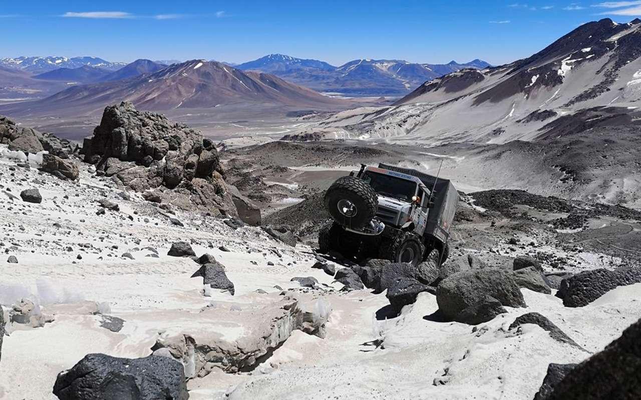 Новый рекорд: автомобиль взобрался на6694 метра— фото 1063507