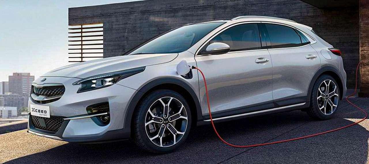 KiaXCeed, Skoda Karoq, Peugeot 3008: тест вцифрах— фото 1158685