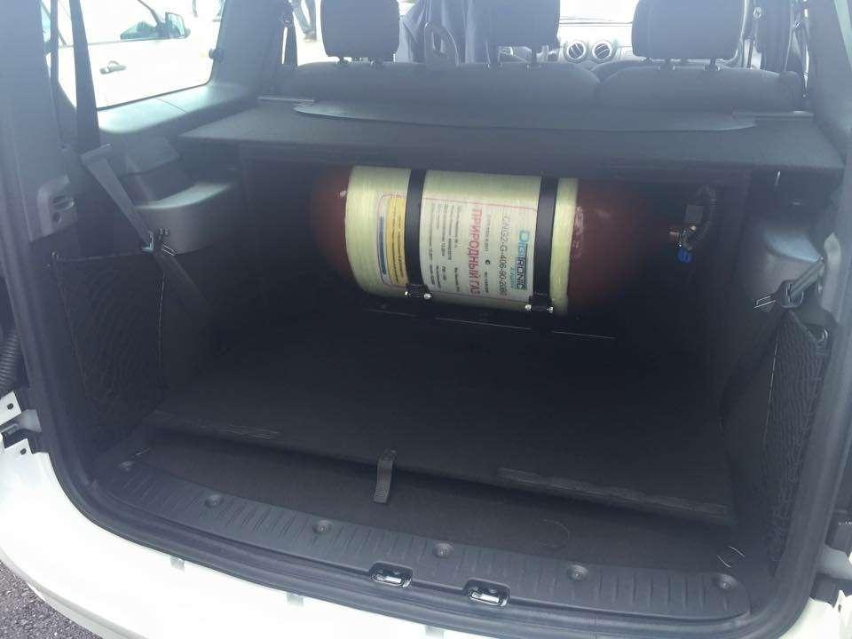 АВТОВАЗ выпустит Lada Largus нагазовом топливе— фото 383772