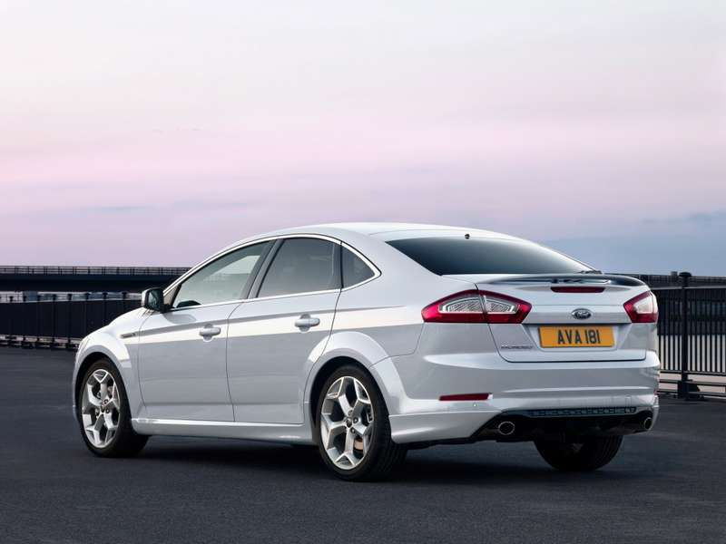Ford_Mondeo_Sport_2