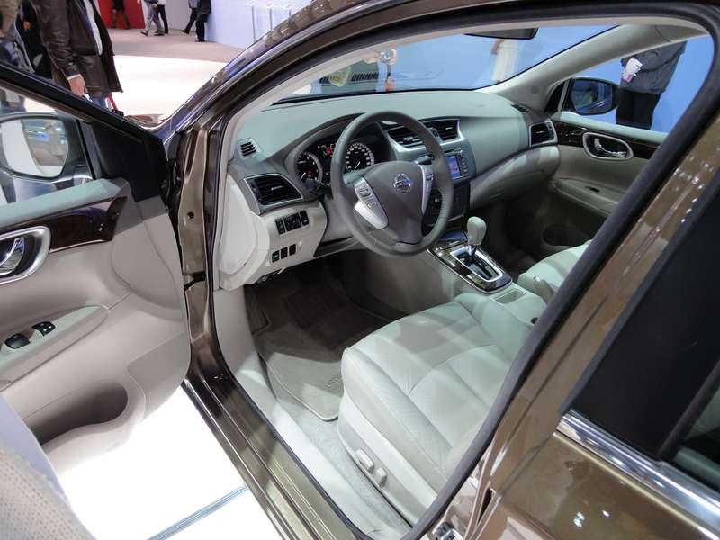 Интерьер Nissan Sylphy