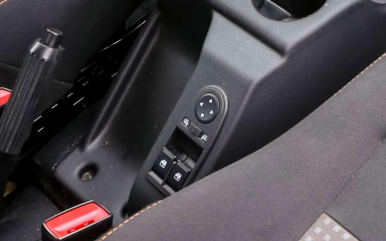 Тест-драйв легенд бездорожья: Lada 4x4, Suzuki Jimny, Jeep Wrangler— фото 1089435
