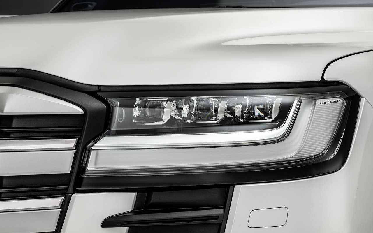 10фишек нового Toyota Land Cruiser (+первое видео!)— фото 1252638