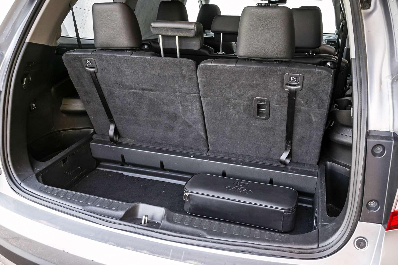 Тест полноразмерных кроссоверов: Honda Pilot, Kia Sorento Prime иFord Explorer— фото 614982