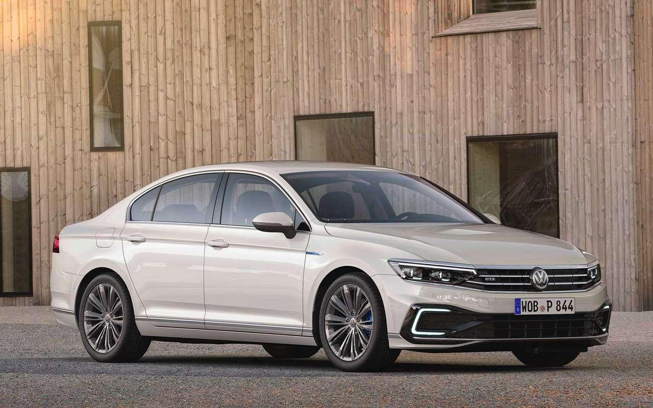 Обновленный VWPassat дляЕвропы стал технологичнее иумнее— фото 946591