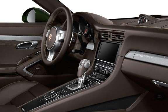 Porsche 911 Club Coupe inside
