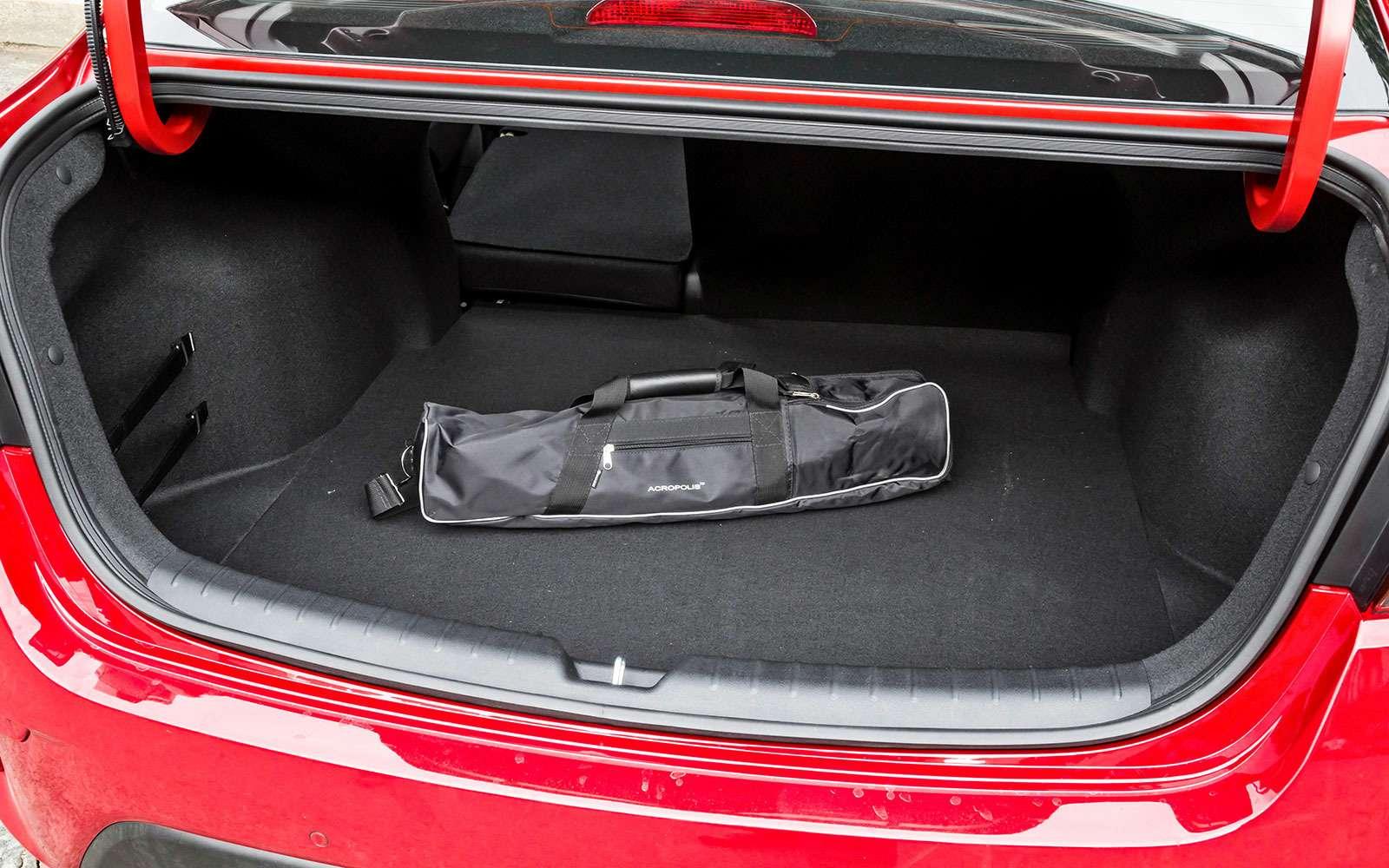 Новый Kia Rio— первый тест-драйв серийного автомобиля— фото 774549
