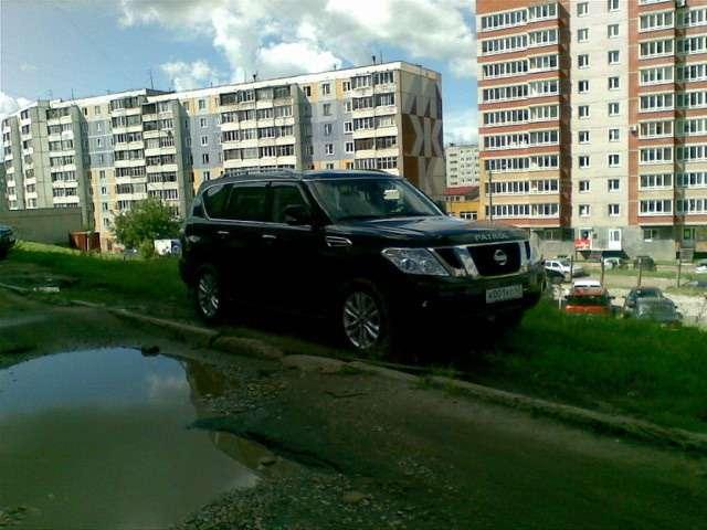 Автомобиль губернатора Кировской области засекли нагазоне