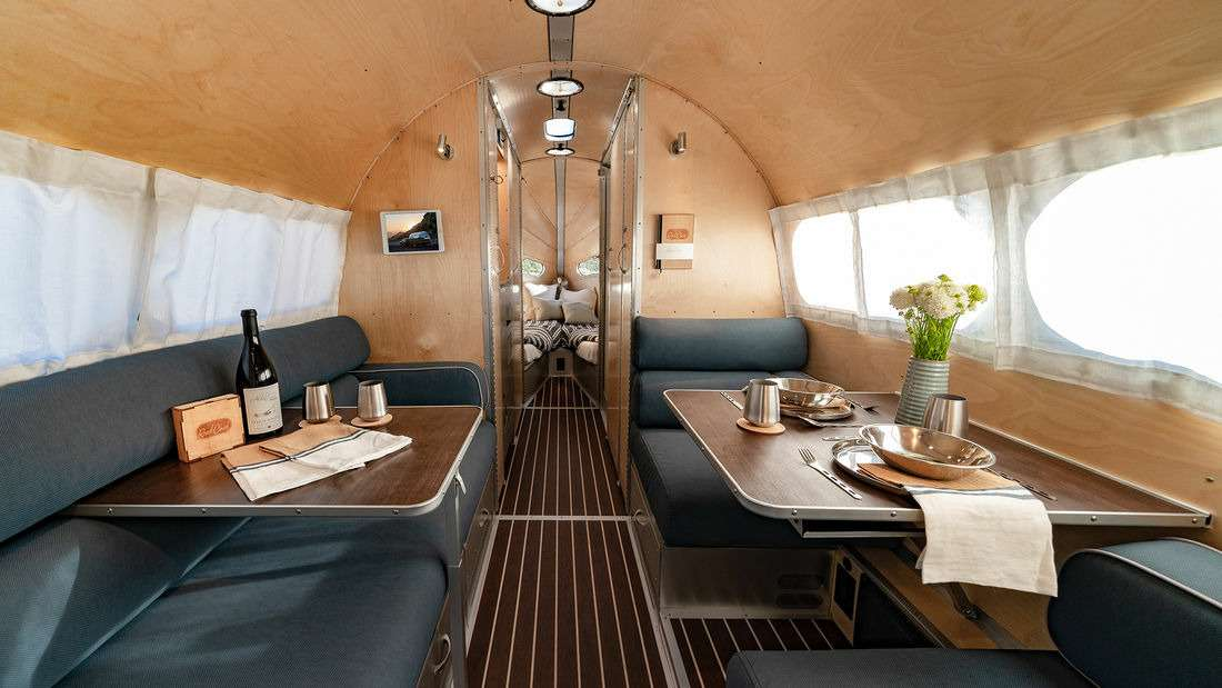 Вот это автодом: снаружи— самолет, внутри— яхта