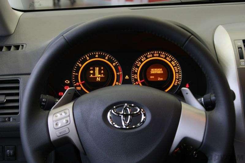 Toyota Corolla: Аленький цветочек— фото 92274