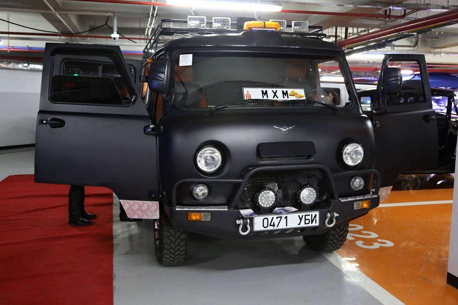 «Буханка» на прокачку: в Монголии «уазики» превращают в люксовые авто - фото 860213