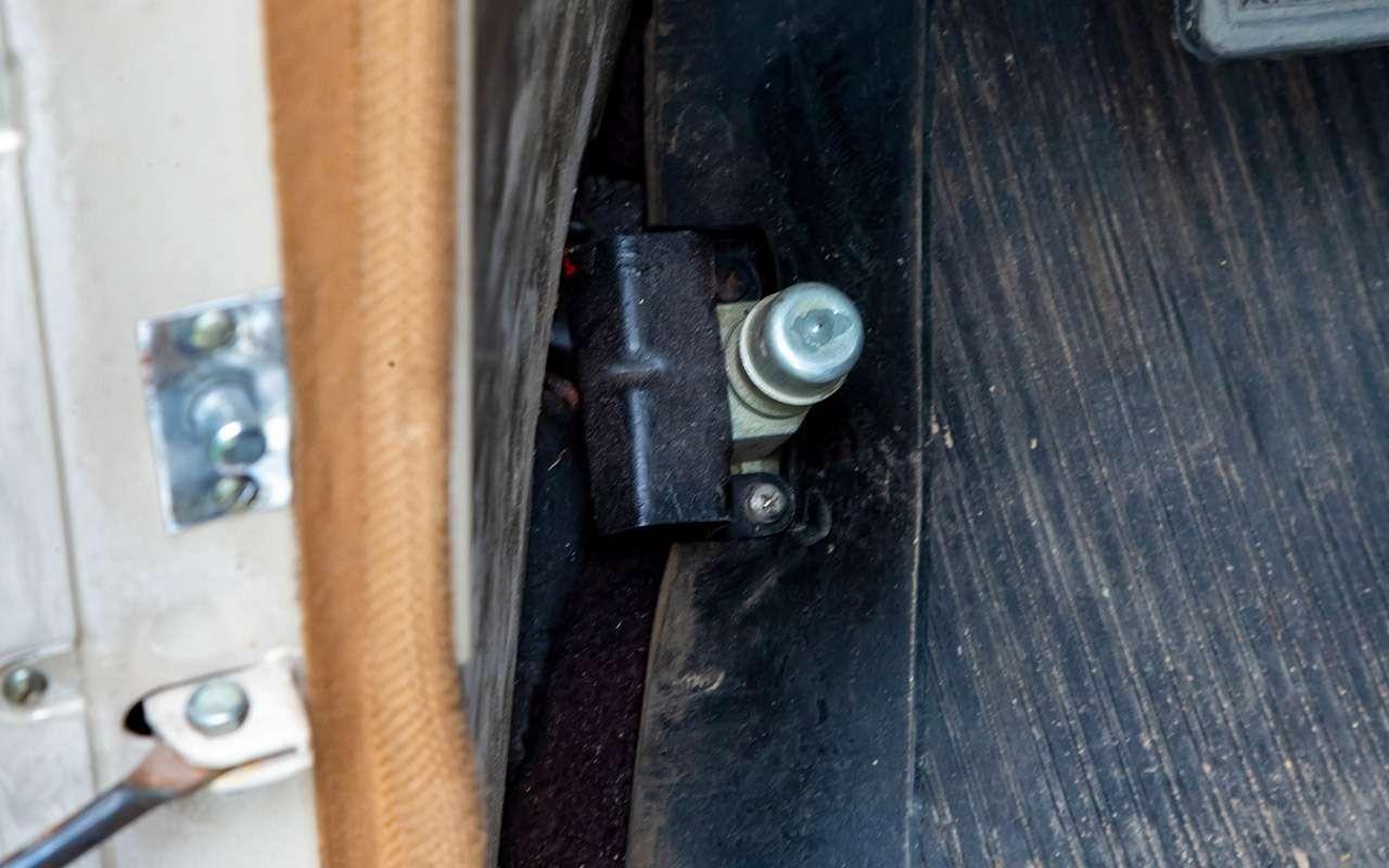Уникальная Победа ГАЗ-М20: ретротест машины cкорой помощи— фото 1085329