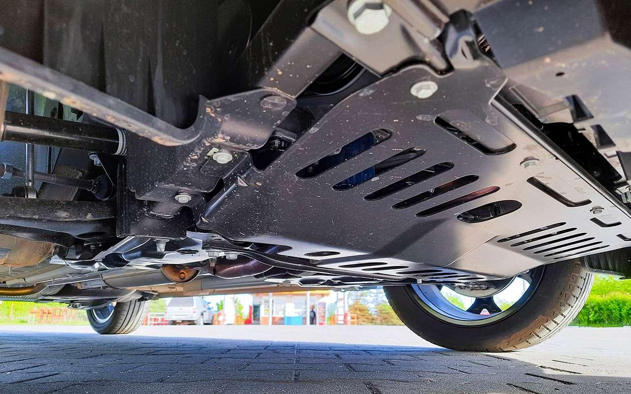 Opel Crossland: подробный разбор нового кроссовера— фото 1263212
