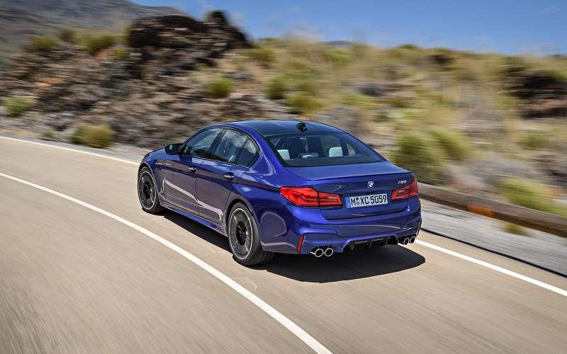 Новый BMW M5: спортседан накаждый день (идлядрифта)