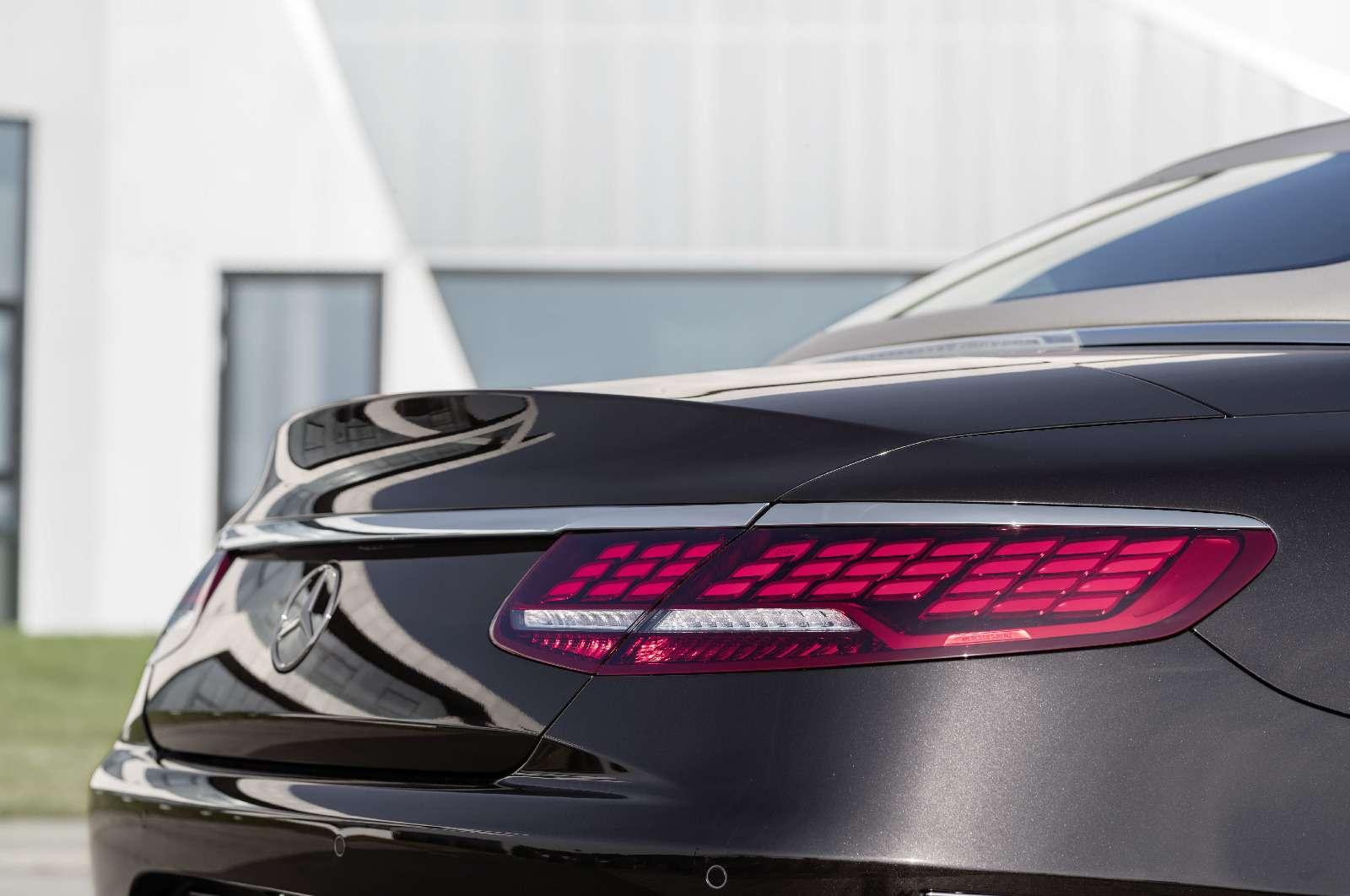 Mercedes-Benz обновил свои самые крутые модели— фото 791045