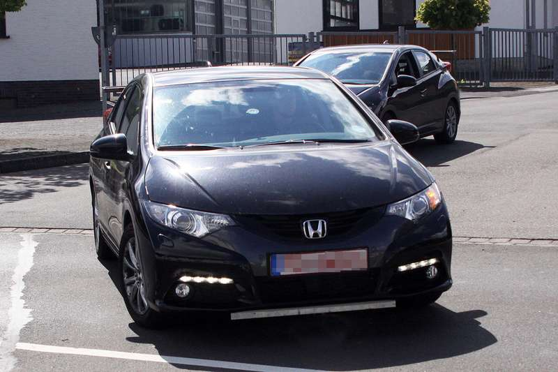 03 civc type r spy shots no copyright