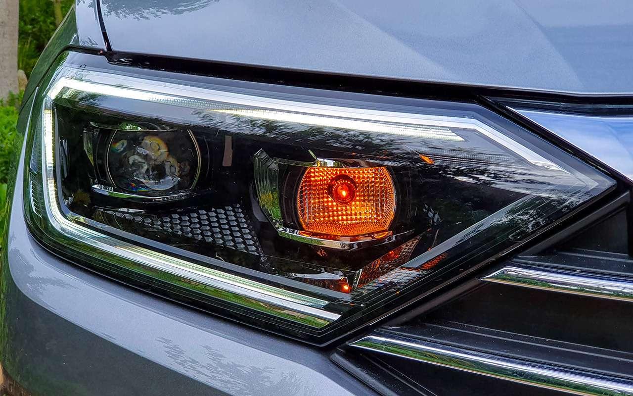 Новый Volkswagen Jetta: 5оценок идетальный тест-драйв— фото 1030548