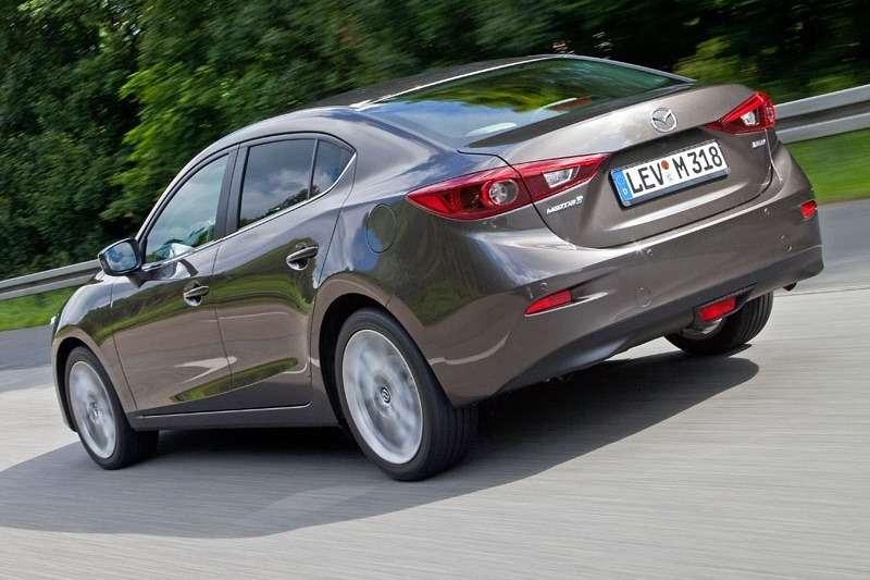 2014 Mazda3 Sedan 6[2] nocopyright (18)