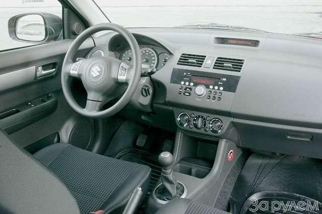 Suzuki Swift. Крепенький малыш— фото 56374