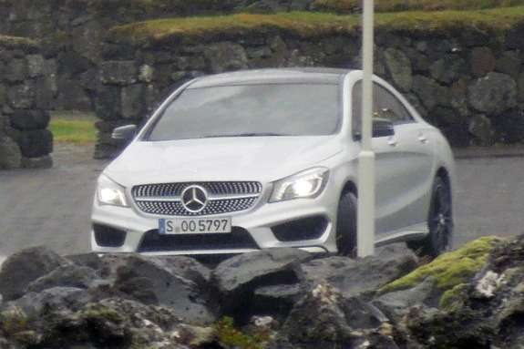 Mercedes-Benz CLA-class front view_no_copyright