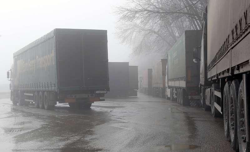Russia blocks Ukraine lorries except those enroute toKazakhstan