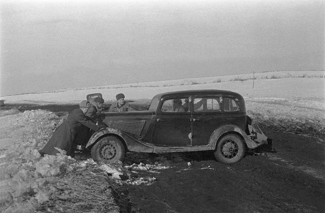 Парадные иповседневные: легковые автомобили Советской Армии— фото 846554
