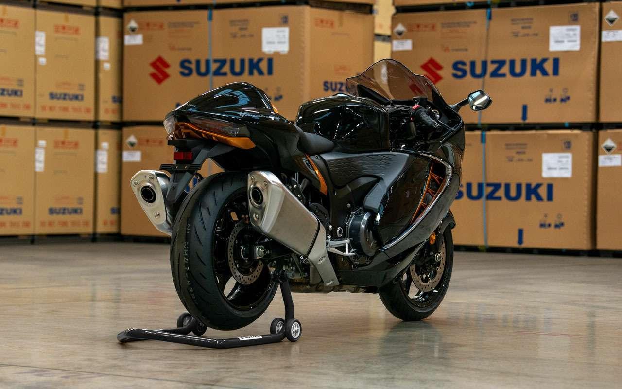 Самый быстрый байк Suzuki вернулся— фото 1222147