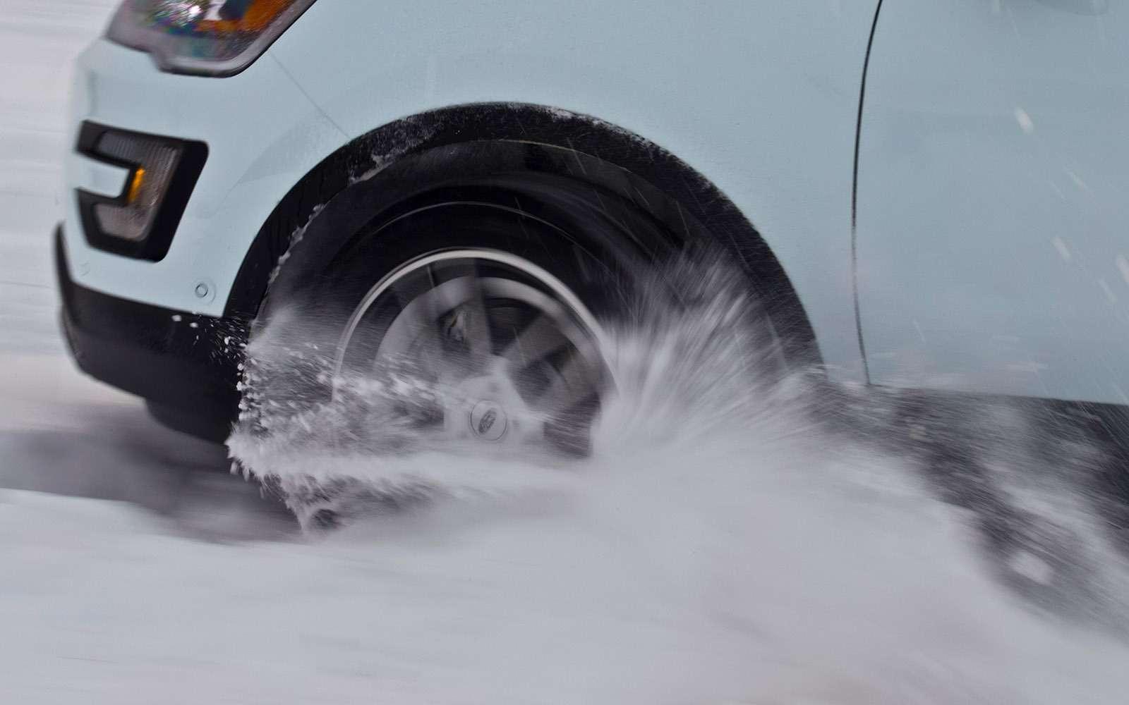 Нешипованные шины Yokohama длякроссоверов: слегковыми повадками— фото 657914