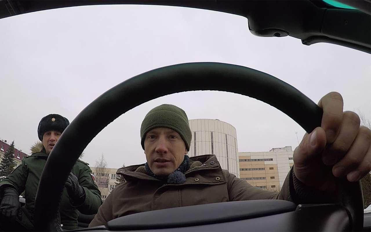 Главный автомобиль Парада Победы: кабриолет Шойгу— фото 864410