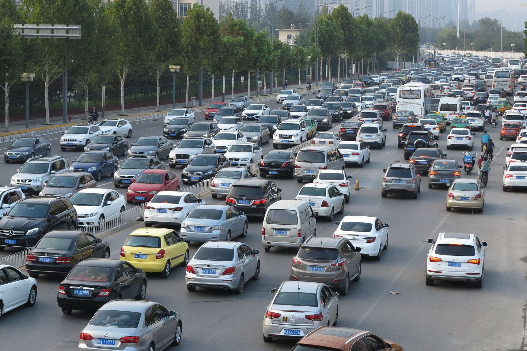 В стане врага: как Лады иУАЗы штурмуют рынок Китая— фото 719191