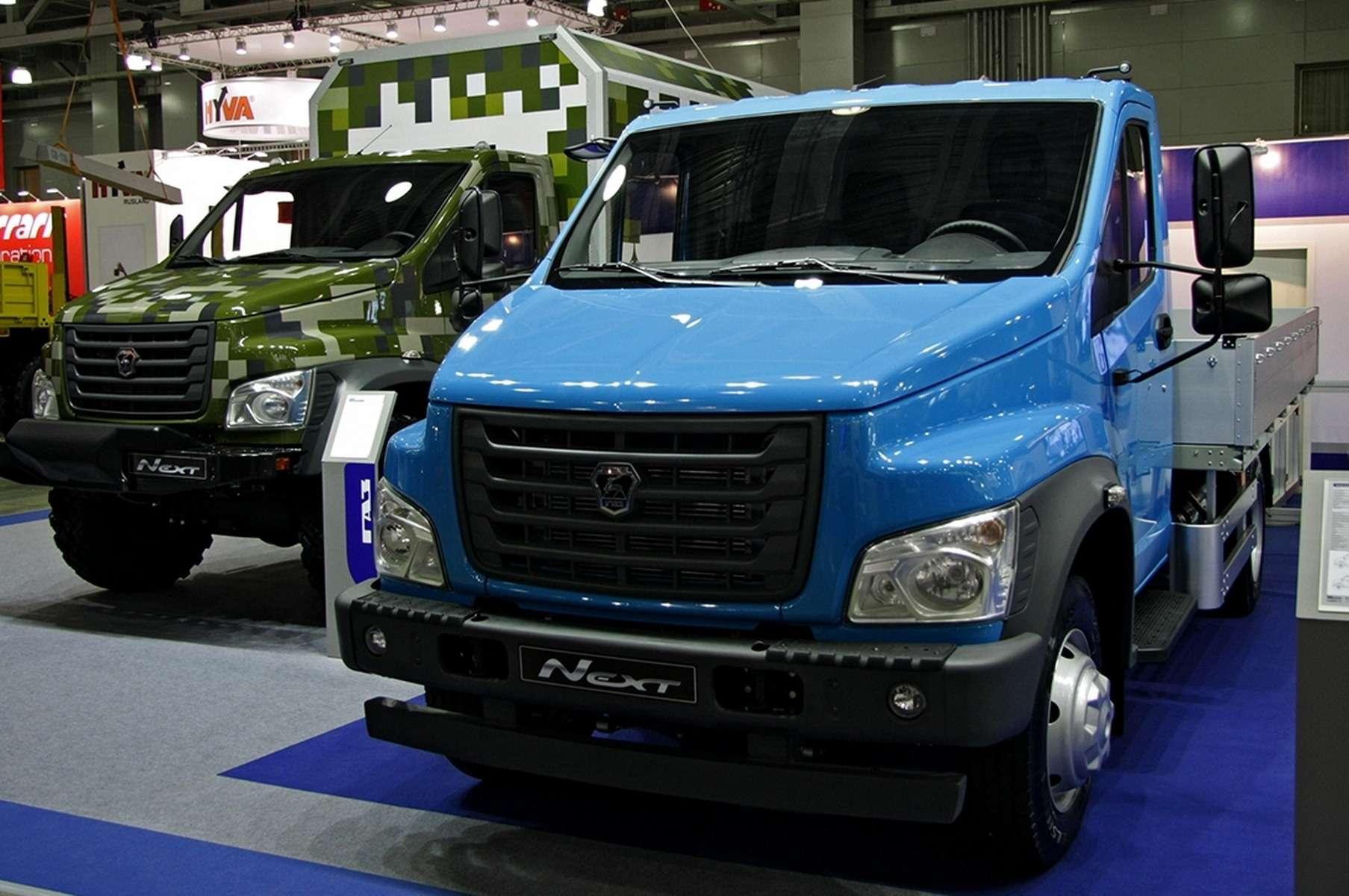 Среднетоннажные грузовики NEXT навыставке СТТ