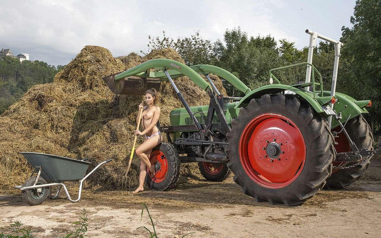 Девушки исельхозтехника: задорный календарь на2019год— фото 930417