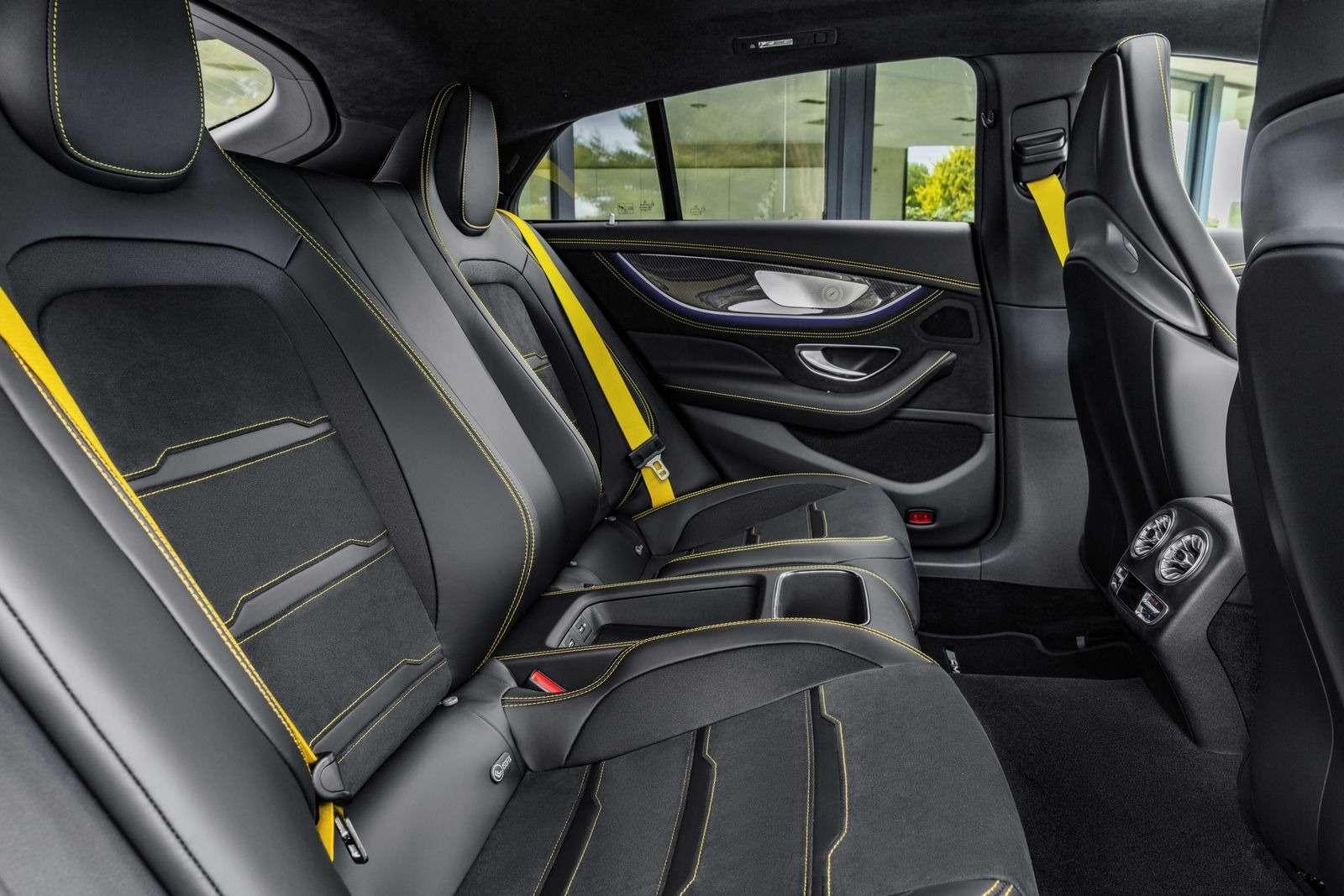 Подмена! Пятидверный Mercedes-AMG GTполучил «тележку» Е-класса— фото 851524