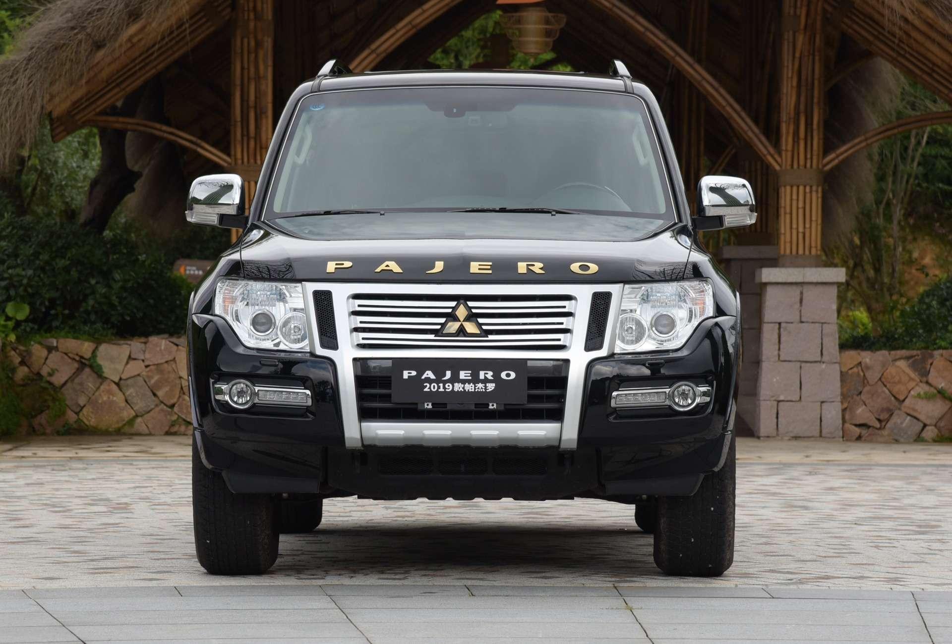 Mitsubishi Pajero IV: вечно молодой, нотеперь золотой!— фото 883532