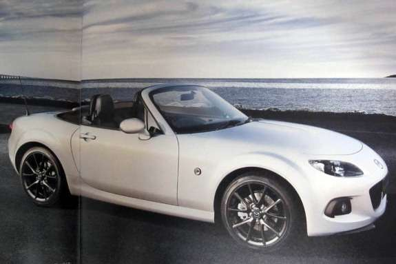 Mazda MX-5NC3 side-front view 3