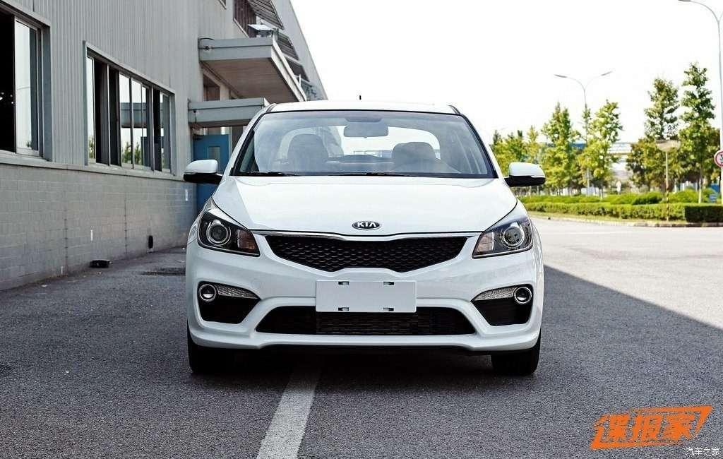 Китайцам невтерпеж: новый седан Kia Rio опять попал вобъектив— фото 639845