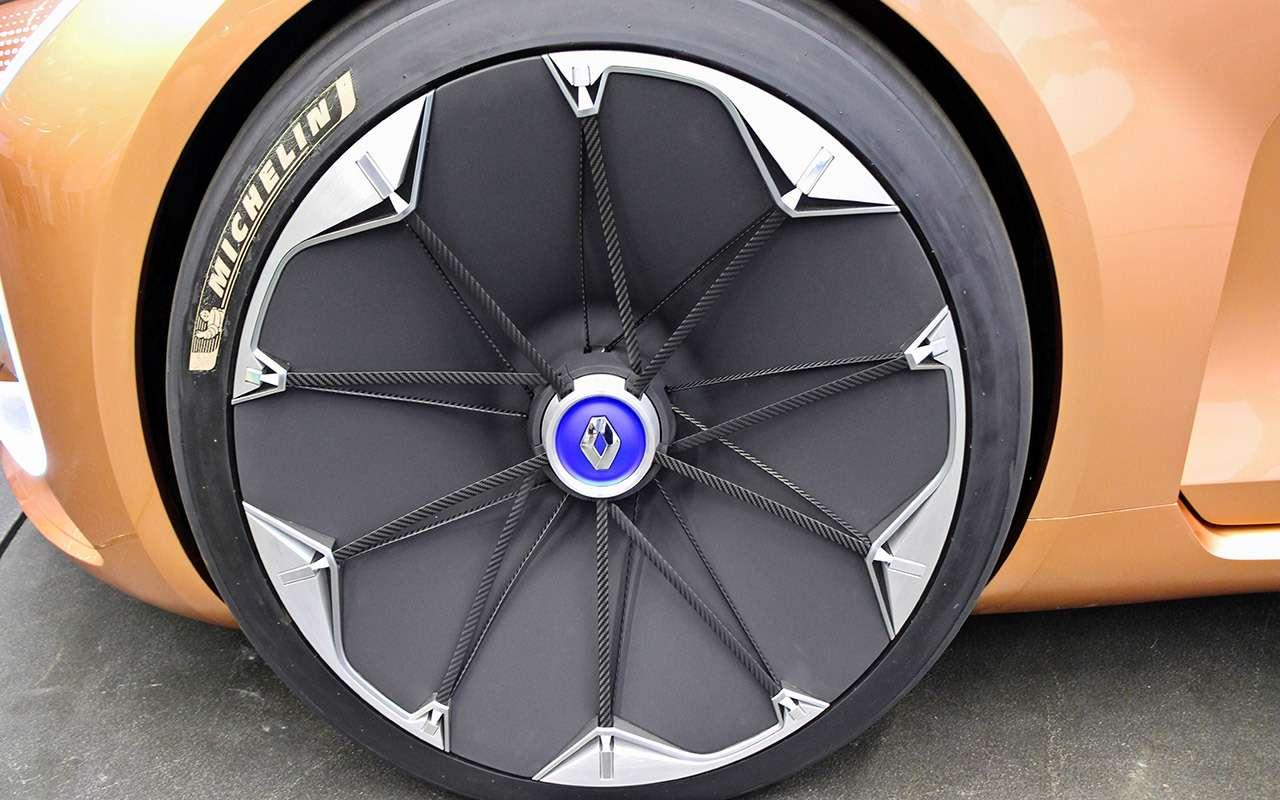 Новый Renault Symbioz— автомобиль-дом избудущего— фото 800985