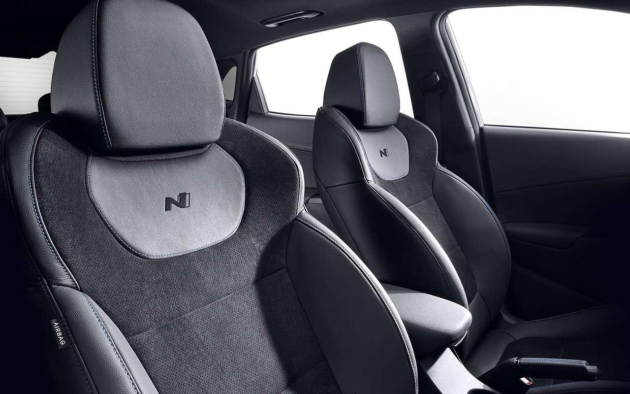 Дебют Hyundai Kona N— первого семейного спорткросса— фото 1242501